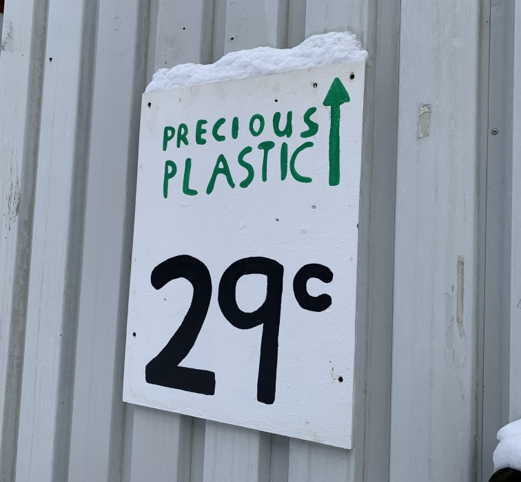 Visited precious plastic Eindhoven